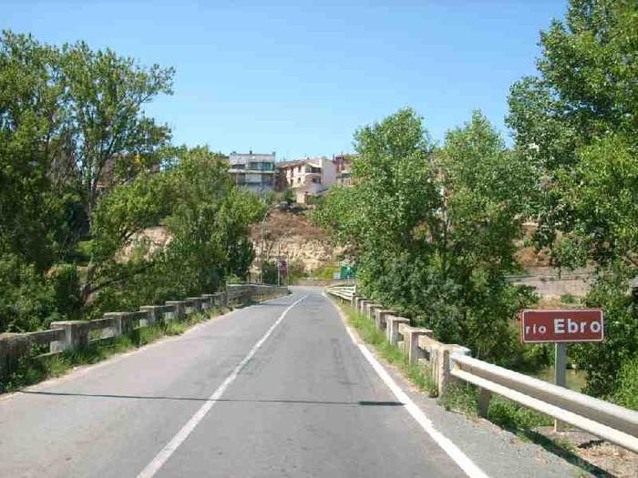 Aisialdirako egokituko dira Ebro errekako bazterrak