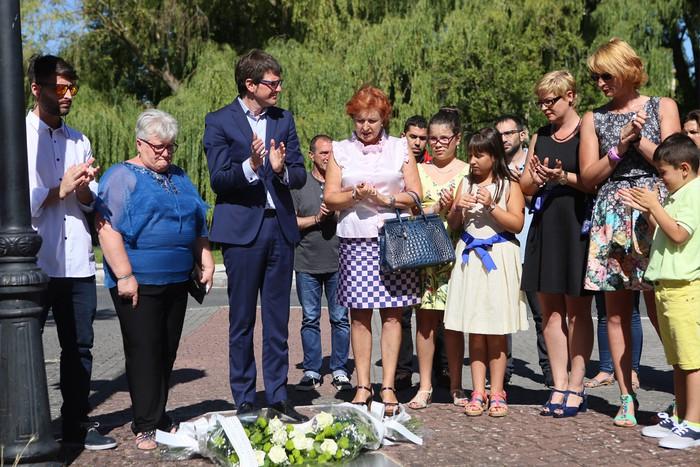 Duela 29 urte jaietan izandako atentatu batean hildakoak gogoratu dituzte