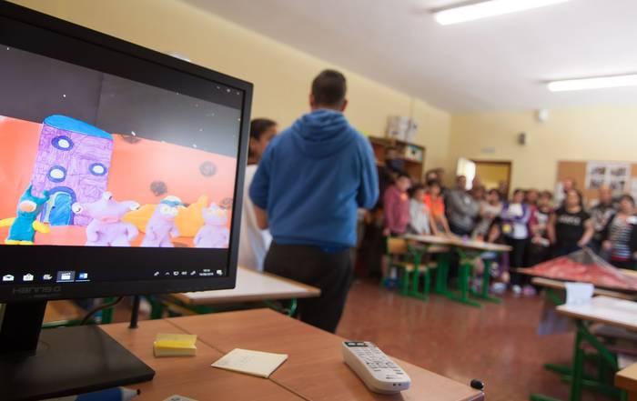 Eskola segregazioari aurre egiteko plataforma sortu dute Oionen