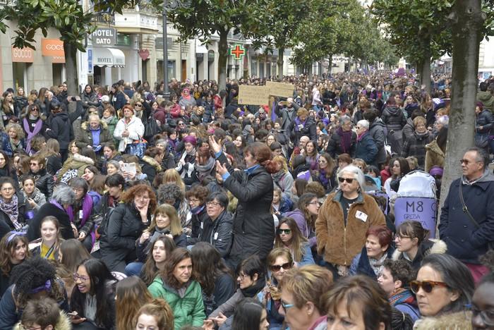 Milaka emakumek egin dute bat borroka feministarekin  - 46