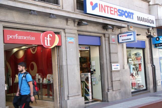 Intersport Marañonen Bake kaleko denda datorren astean itxiko dute