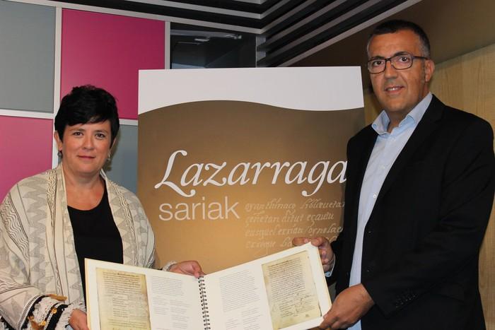 Azaroan banatuko dira Lazarraga sariak, euskara arlo sozioekonomikoan erabiltzeagatik