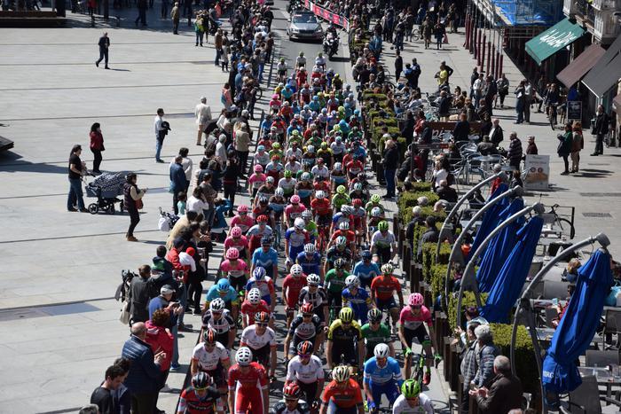Gasteizen abiatu da Euskal Herriko Itzuliaren gaurko etapa  - 15