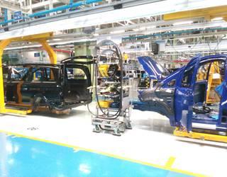 4.300 furgoneta gutxiago ekoitziko ditu Mercedesek aurten