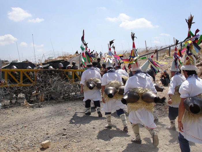 Elkartasun zintzarriak, Kanpezutik Palestinara