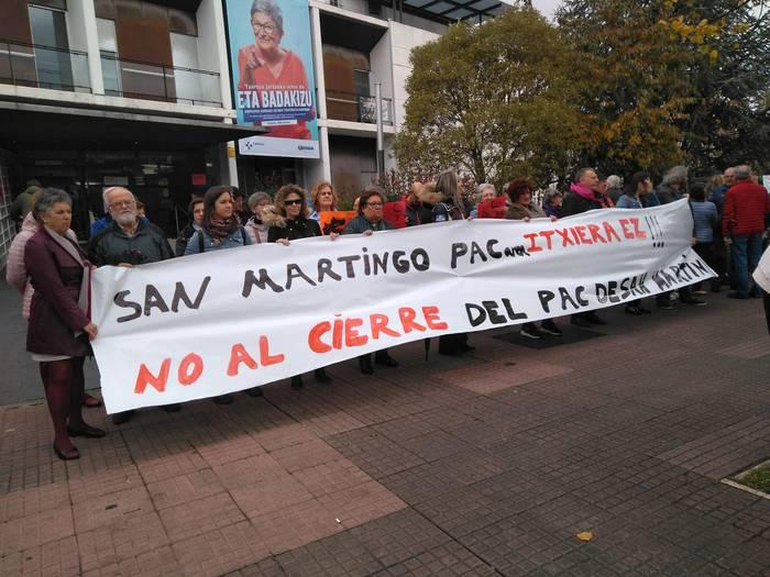 San Martingo EAGaren itxieraren kontrako protesta gehiago