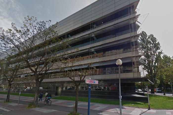Hamar urteko kartzela zigorra, 14 urteko gazte batekin harreman sexualak izateagatik