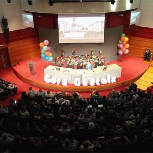 'Gora Gasteiz: izan kolore' dokumentalaren estreinaldia