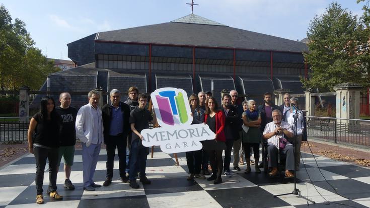 Bi mila lagunek baino gehiagok eman diote babesa Memoria Garari