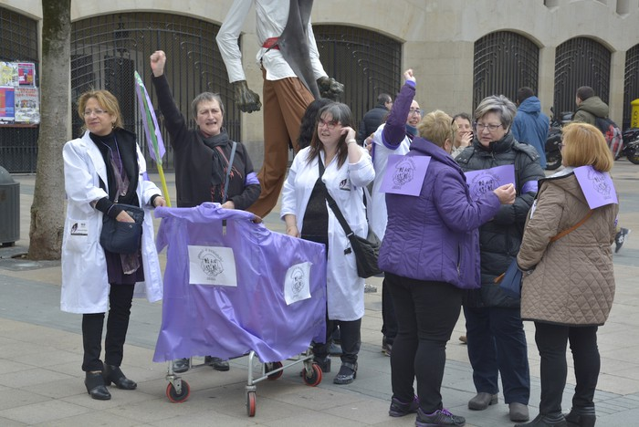 Milaka emakumek egin dute bat borroka feministarekin  - 39