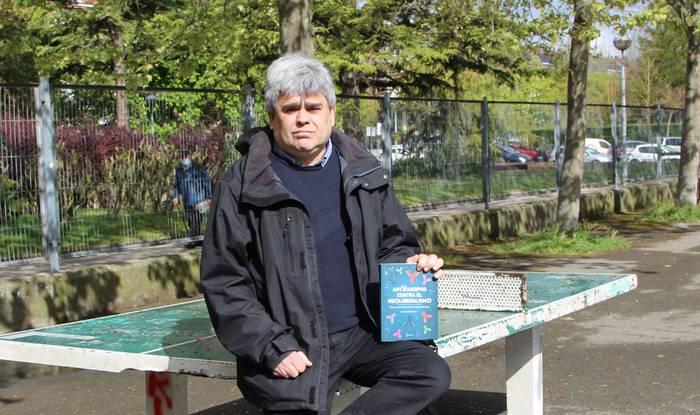 """""""Txertoek argi utzi dute neoliberalismoa ez dela bidea"""""""