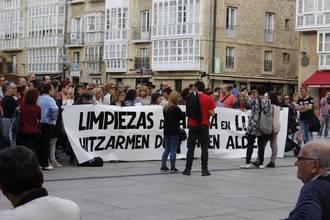Protesta egin dute garbiketa arloko langileek, hitzarmen duina lortzeko