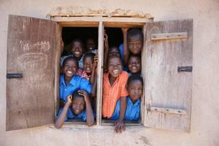 Afrika eta Araba eskutik helduta joango dira, astebetez