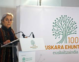 """Lourdes Oñederra: """"Ahoskera egokia izateak ziurtasuna ematen dio hiztunari"""""""