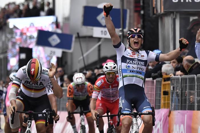 Damiano Cima italiarrak apaltasunaren izenean irabazi du etapa