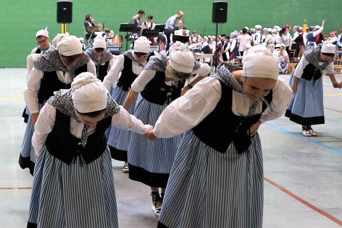 Gorbeialdeko dantzarien topagunea - 15