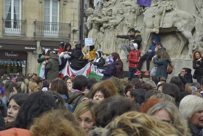 Milaka emakumek egin dute bat borroka feministarekin  - 34