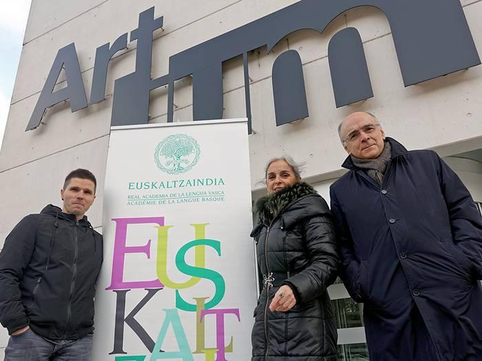 Ahozko komunikazioa hizpide izango du Euskaltzaindiak Gasteizen