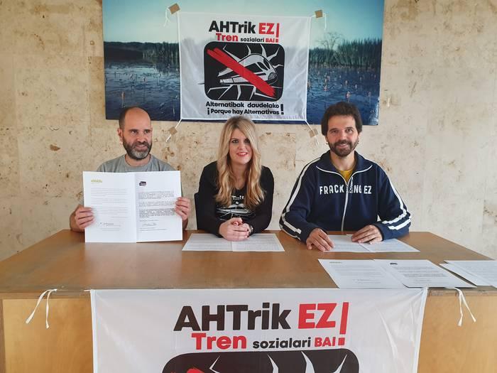 AHTaren aurkako konpromisoa sinatu dute EH Bilduk eta Elkarrekin Podemosek
