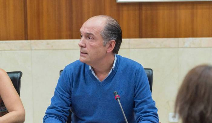 """Miguel Garnica (PP): """"Ez da Gasteiz Antzokiarekin jarraitzeko unea; ez da lehentasunezkoa"""""""