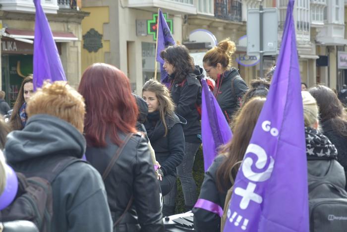 Milaka emakumek egin dute bat borroka feministarekin  - 2