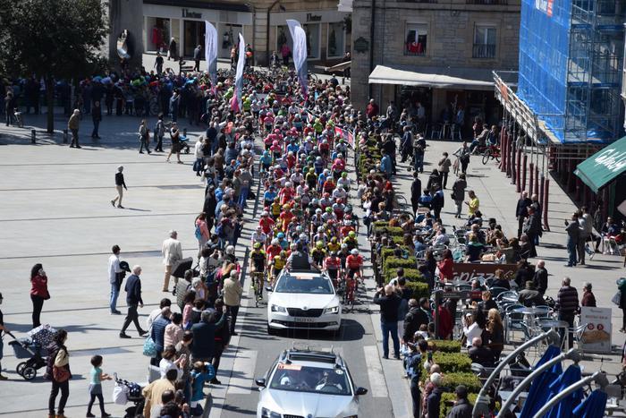 Gasteizen abiatu da Euskal Herriko Itzuliaren gaurko etapa  - 13
