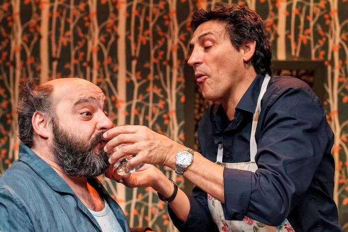 Italia zeharkatuko du 'Erpurutxo'-k Teatro Paraisorekin