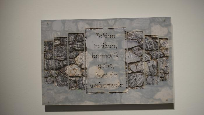 'Hiruerreketa, euskararen arte-urak'