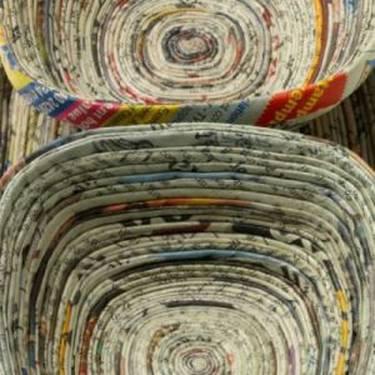 Paperarekin birziklatzen: 'Beldurrak uxatzeko paperezko gauzak'