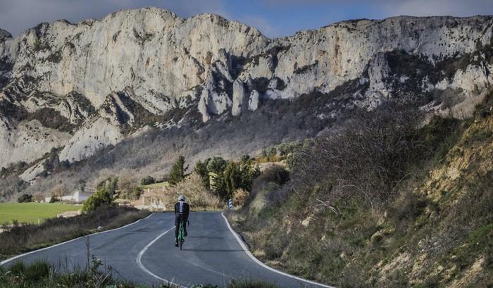1.700 txirrindularitik gora izango dira larunbateko I. Orbea Gran Fondo proban