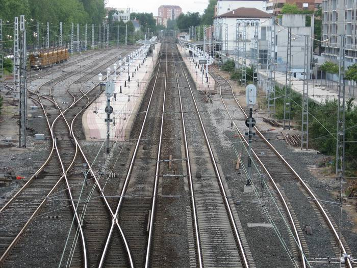 Burgos-Gasteiz AHTren ingurumen ebaluazioa onartu du Espainiako Gobernuak