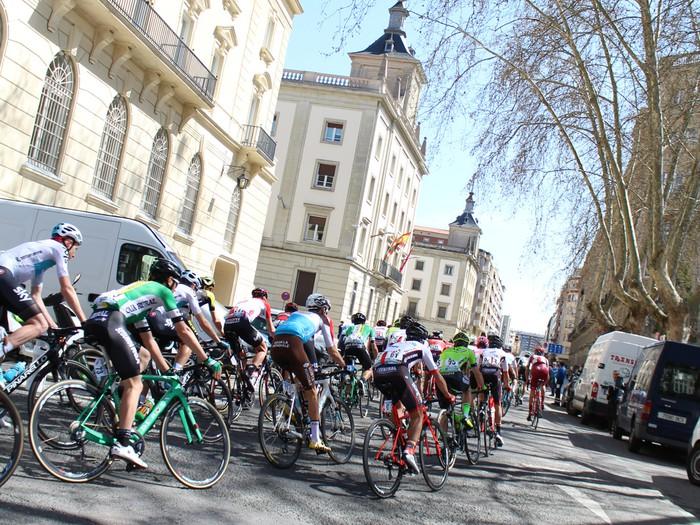 Gasteizen abiatu da Euskal Herriko Itzuliaren gaurko etapa  - 6