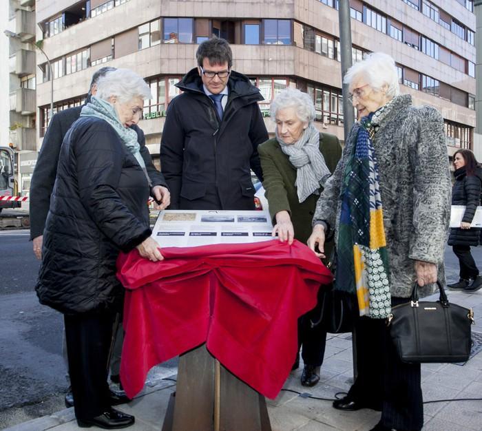 Hirugarren Memoriagunea inauguratu dute Bake kalean