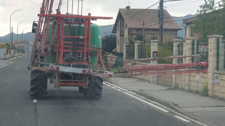 Traktoreak koronabirusaren ehizan, Zanbranan