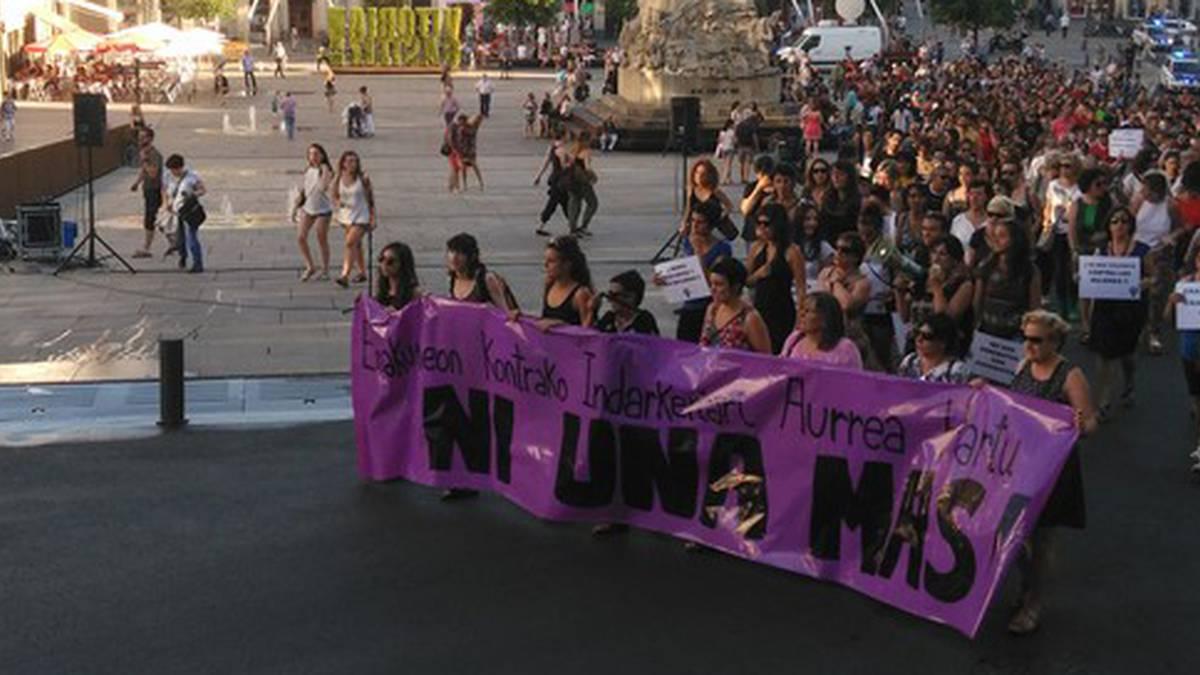 Hilabetero 91 emakume artatu ditu Udalak indarkeria matxistagatik