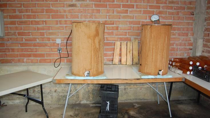 Etxeko sagar zukua egiteko sasoia hasi da Barrundian, protokolo eta txandekin