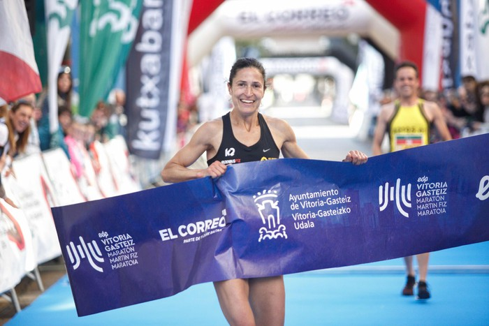 Ivan Fernandez eta Elena Loyo arabarrak, 10 kilometroko proban garaile