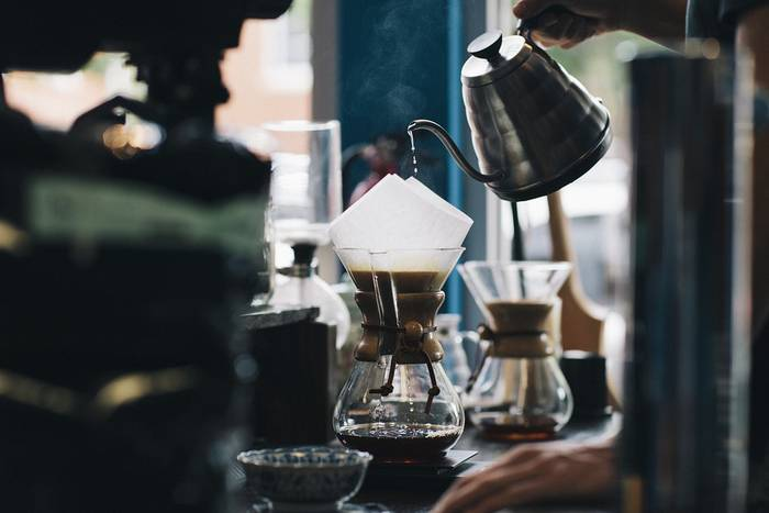 Kafea dastatu eta ikasteko saioak, ostiraletik aurrera