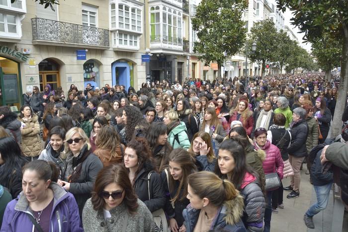 Milaka emakumek egin dute bat borroka feministarekin  - 44