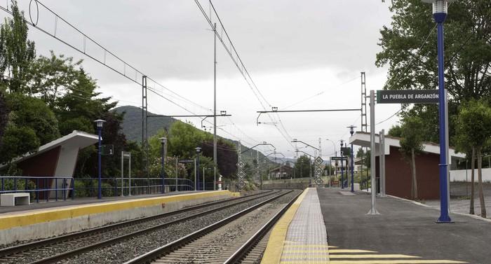 Gasteiz eta Burgos lotuko dituen AHT-ari ez esan diote Trebiñun