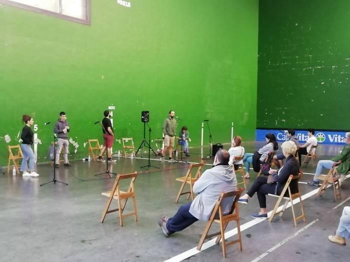 Oholtzapetik: Artzinegak Peru Abarrategiri eman dio finalerako txartela
