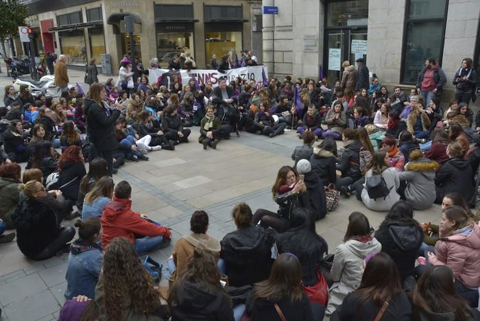 Milaka emakumek egin dute bat borroka feministarekin  - 45
