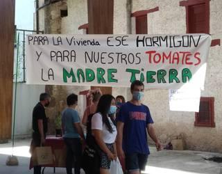Tomate hidroponikoen proiektua gelditzea baztertu du Gaubeako alkateak