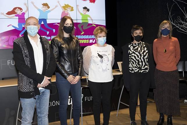 800 gaztek parte hartuko dute 'Hitz kolpez' programan