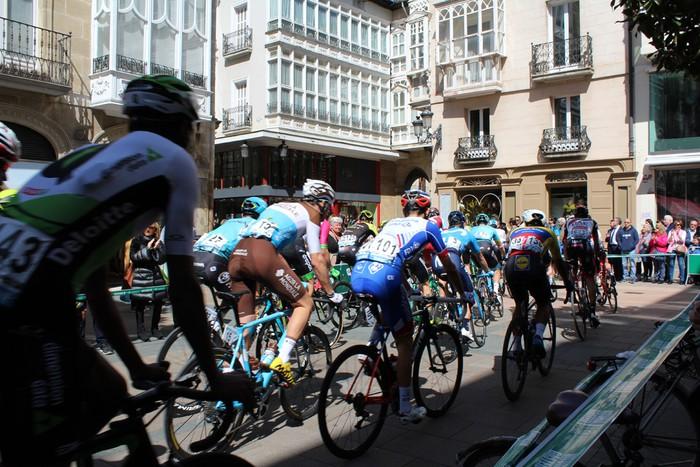Gasteizen abiatu da Euskal Herriko Itzuliaren gaurko etapa  - 2
