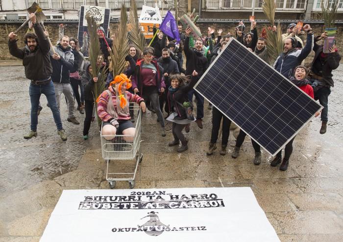 'OkupaTU Gasteiz' dinamika aurkeztu dute