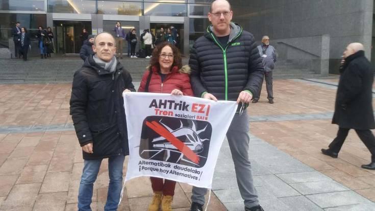 Bruselan jaso dute AHTaren kontrako ordezkaritza bat