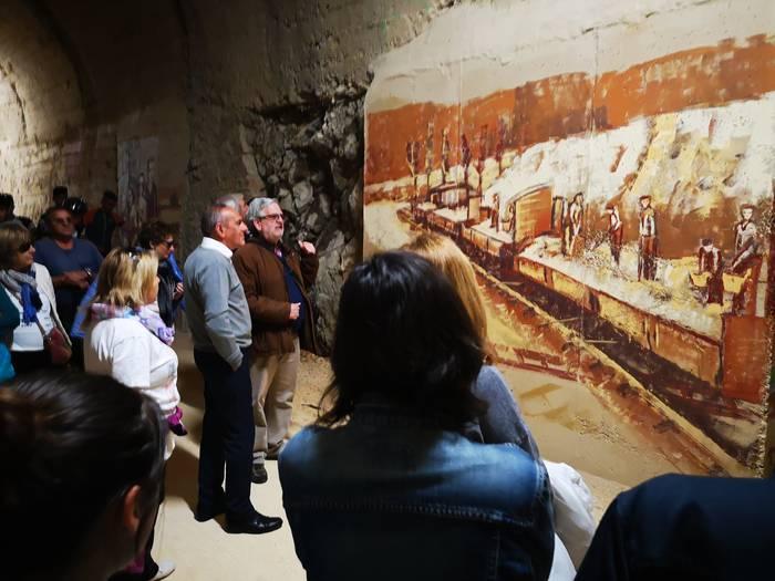 Elortza eta Zekuiano arteko tunelaren horma-irudiak amaitu dituzte