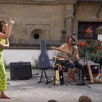 'Inguru minguru' ipuin kontaketa musikatua